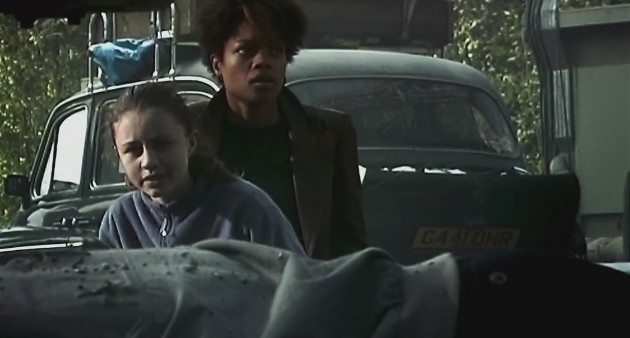 28 Days Later - Megan Burns and Naomie Harris