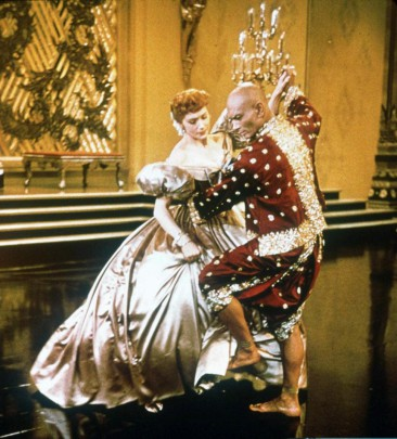 Deborah Kerr and Yul Brynner in THE KING AND I