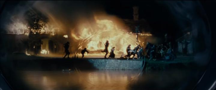 The Green Dragon Inn burns in Galadriel's reflecting pool